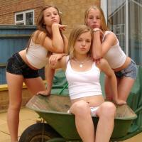 Napi csoportos – Ha neked is tetszenek a lányok Like
