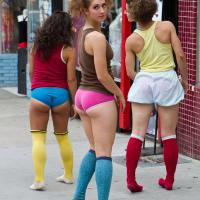 Napi csoportos – Street girls