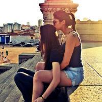Napi leszbik – Szexis leszbikus pár
