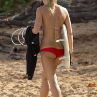 Napi popsi – Szörfös lány