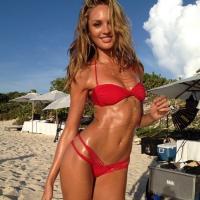 Napi szexi – Bikinis szöszi