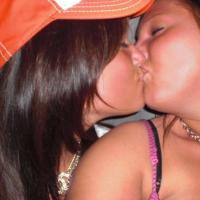 Napi csajos csók – Ha tetszik Like